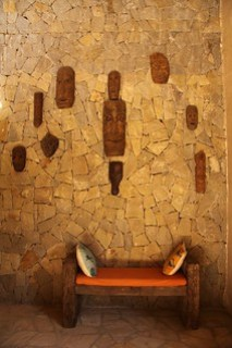 Interiors of the Kanha Earth Lodge