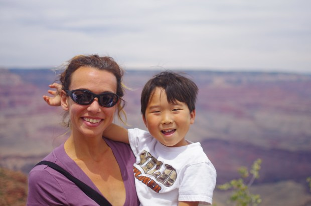 missie and asher at the grand canyon