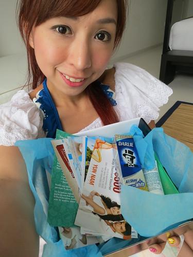 beauty reviews, Black Box, Black box review, Free sample boxes, nadnut, Sample boxes, singapore beauty blog, Singapore Beauty blogger, singapore lifestyle blog