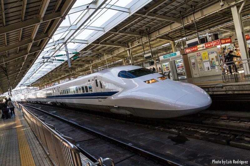 Shinkansen de la serie 700, incluido en el JR Pass en servicios Hikari y Kodama