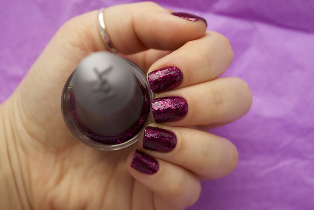 14 Morgan Taylor To Rule Or Not To Rule with topcoat