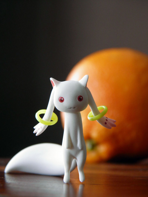 standing-kyubey