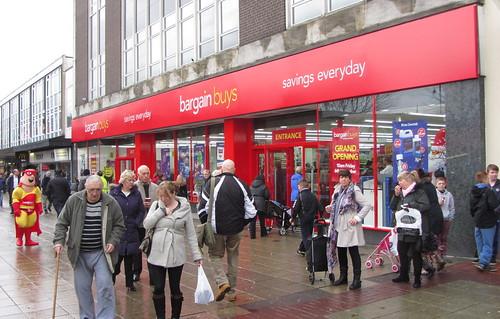 Bargain Buys opening day, Ashton-under-Lyne: front entrance