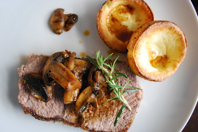 Prime rib roast with Yorkshire pudding