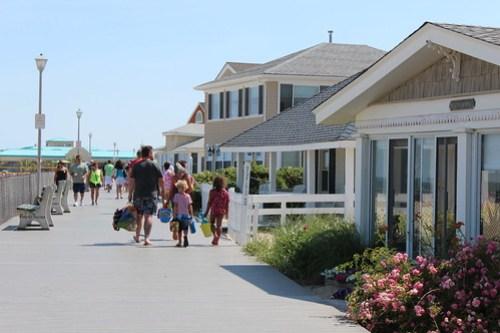 Jenkinson's Beach Boardwalk