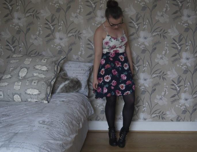 glamorous blogger review