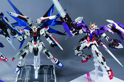 Metal Build Freedom Gundam Prism Coating Ver. Review Tamashii Nation 2012 (105)