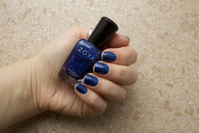01 Zoya Dream