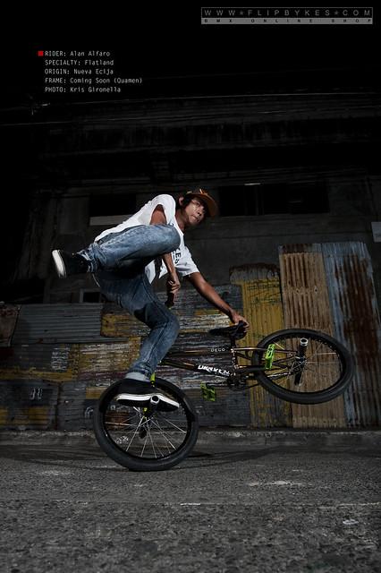 Flipbykes Team Rider - Alan Alfaro (BMX Flatland)