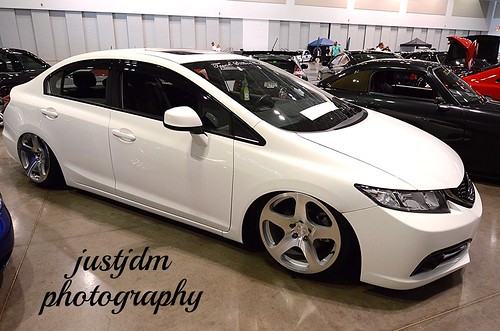 white flat honda civic (2)