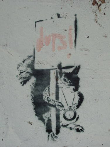 200908130038_Banksy-graffiti