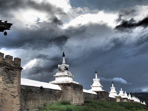 Kharkhorin temple walls