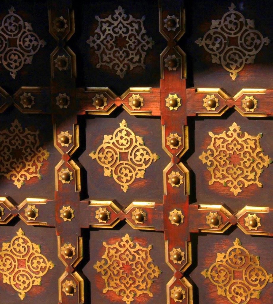 doors of city palace