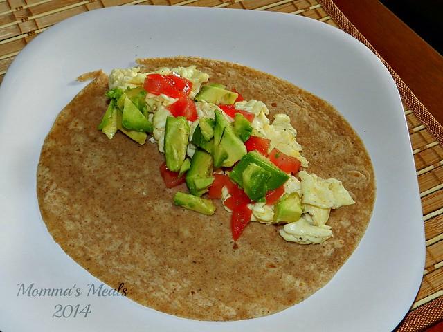 Egg & Avocado Breakfast Wraps (2)