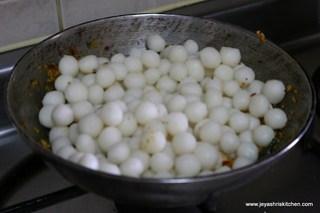 Add steamed balls