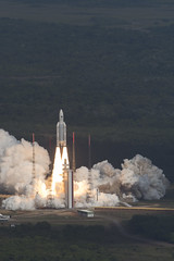 Liftoff of Galileo satellites 15-18 atop Ariane 5 launcher