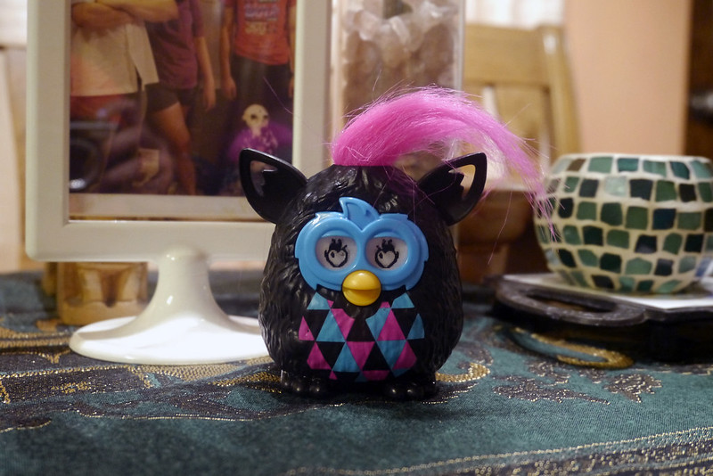 Furby McDonald's Happy Meal 001