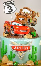 Disney Cars Lightning McQueen and Tow Mater