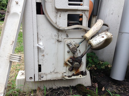 Removing Air Conditioner Outdoor Unit