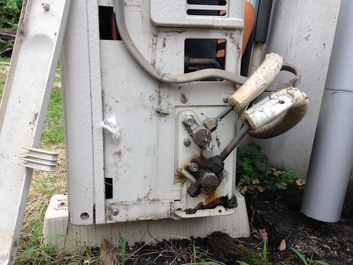 Removing Air Conditioner Outdoor Unit