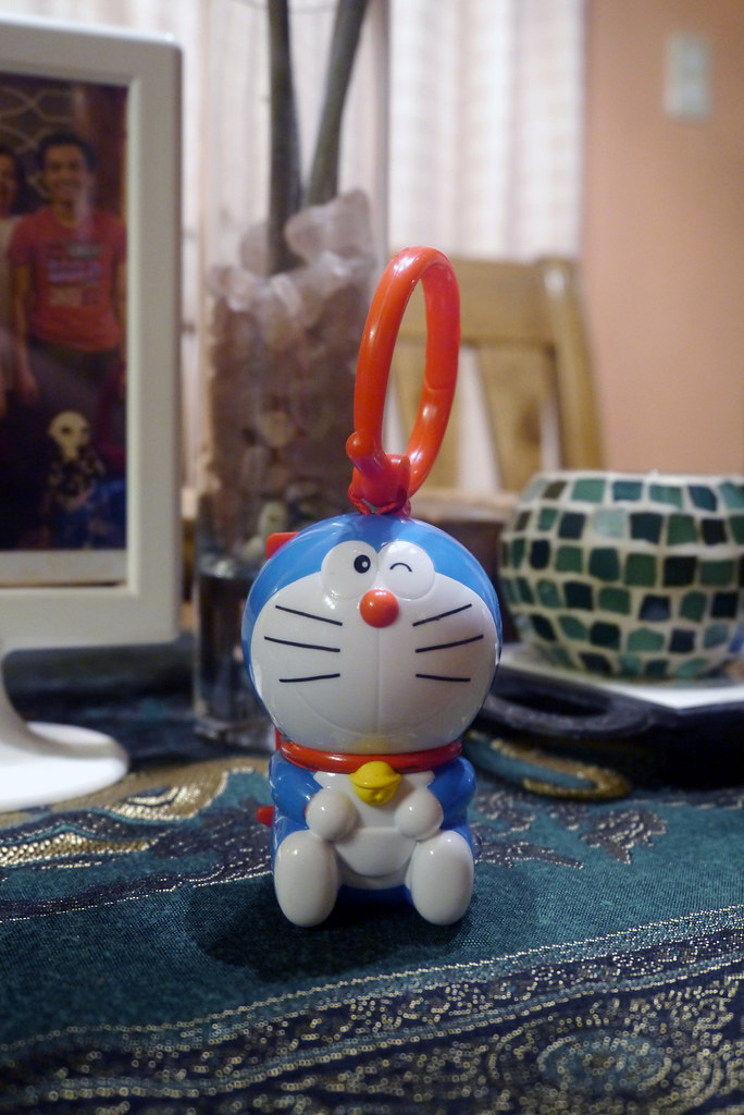 Doraemon McDonald's Happy Meal 001