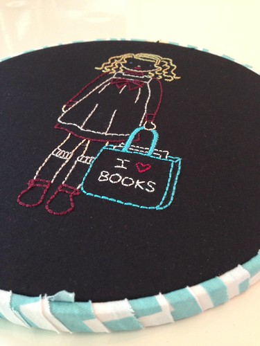 Wee wonderful stitchettes I love books girl