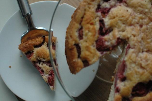 Strawberry Drizzle Cake 02