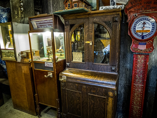 Coin Operated Antiques at Marsh's