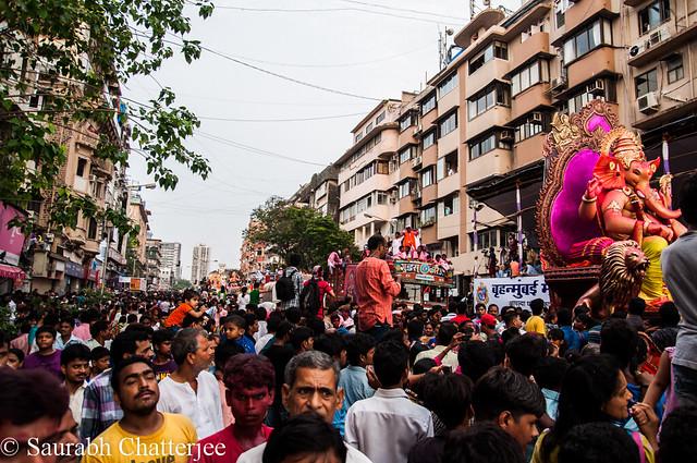 GanapatiVisarjan_Mumbai_060