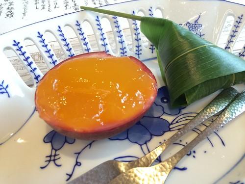 バッションフルーツゼリー&笹巻麩饅頭@宇豆基野
