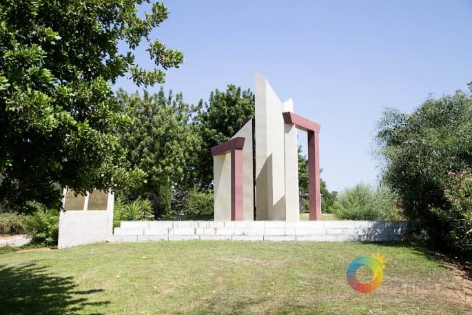 OPEN DOORS Monument Israel-5.jpg