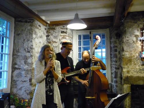 Caroline Racicot & band
