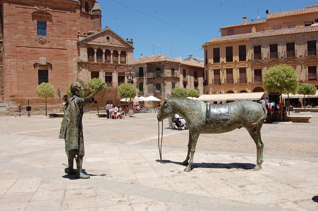 Plaza Mayor de Vva. de los Infantes. Autor, Castor Game