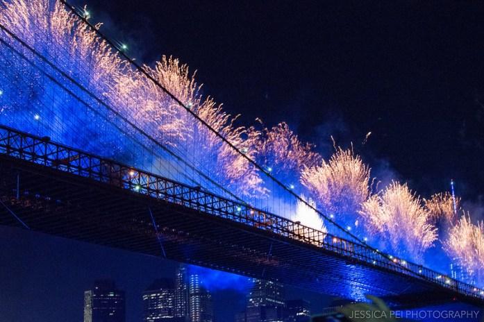 Fan Fourth of July Fireworks Off Brooklyn Bridge