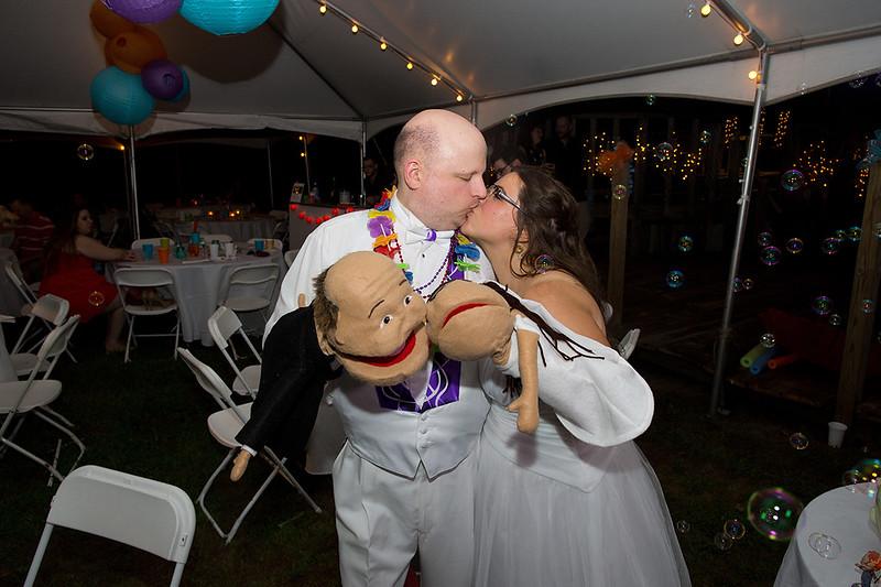 Long_Island_Backyard_Wedding_Photographer_R_CS__328