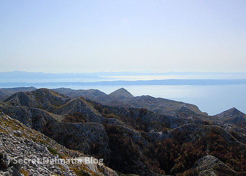 Hvar and Peljesac in the distance. And the pyramid shaped hill...