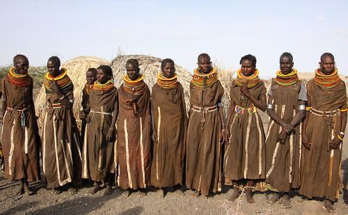 kenia-tanzania - tribes and wildlife