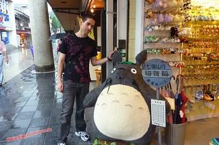 P1060460 Con Totoro (Dazaifu) 12-07-2010 copia