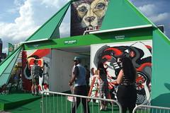 040 Heineken Pyramid