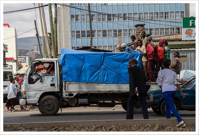 Todos en el camión
