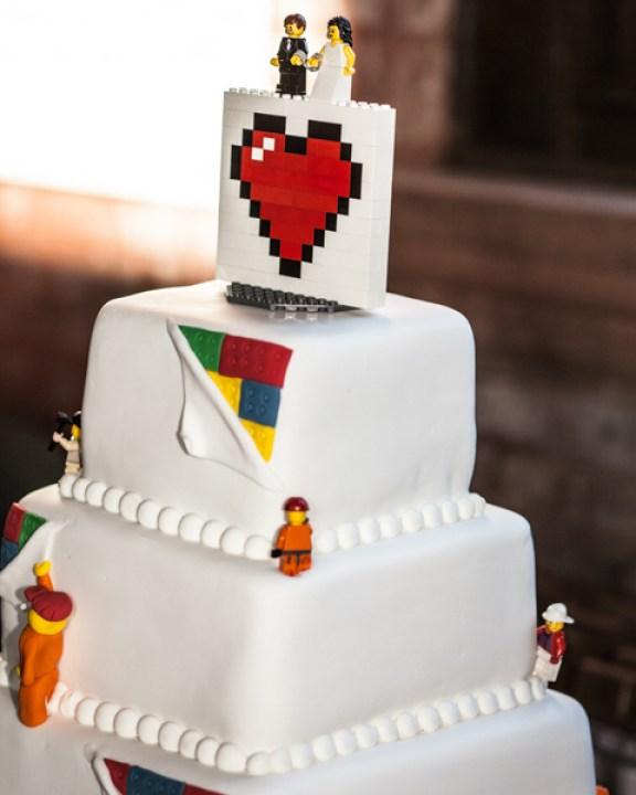 Interactive Wedding Ideas: Steal This Interactive LEGO Centerpiece Idea