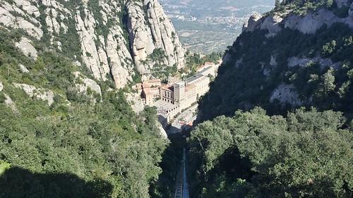 Montserrat  - vista de la abadía