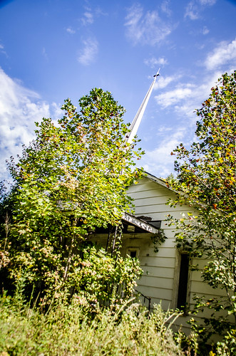 Chestnut Ridge Road Church-001