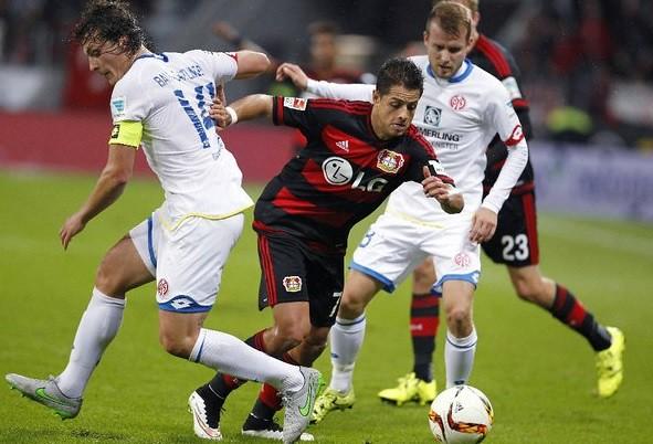 Alemania celebra gol de 'Chicharito' en el Leverkusenicaro