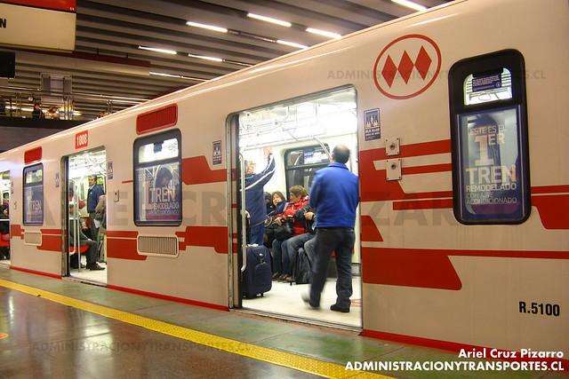 Metro de Santiago - CAF NS2007 N2100 - Tobalaba (Línea 1)