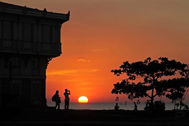 Sunset at Las Casas Filipinas de Acuzar
