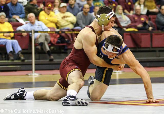 157: Colin Holler (SDSU) dec No. 18 Jake Short (Minn), 6-4