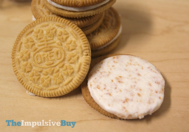Nabisco Limited Edition Toasted Coconut Oreo Cookies 3