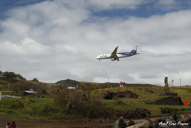 Spotting LAN - Isla de Pascua - Boeing 787-8 Dreamliner CC-BBF