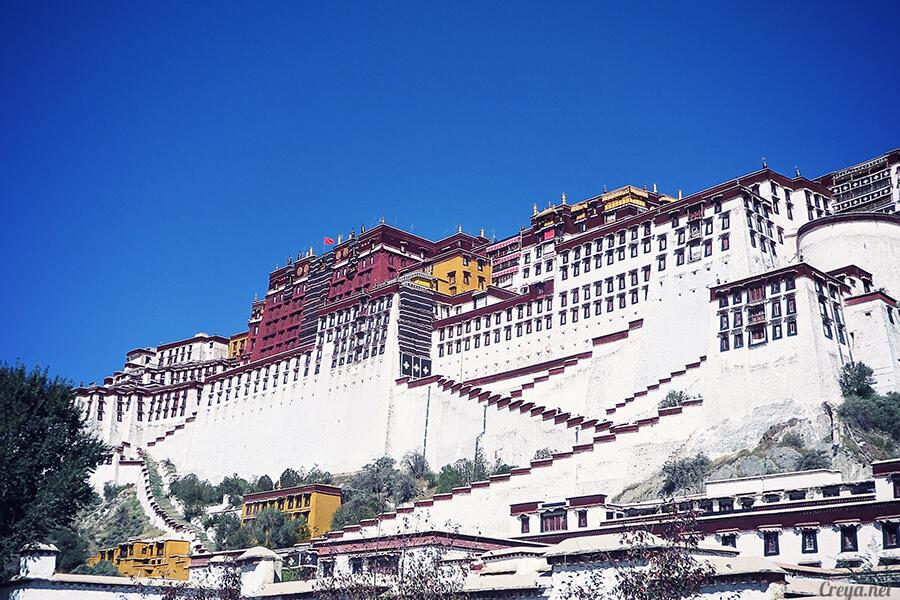 2015.12.04| Tibet 西藏踢北去 | 藏人的精神殿堂布達拉宮,但或許不只我們高山反應沒精神… 01.jpg